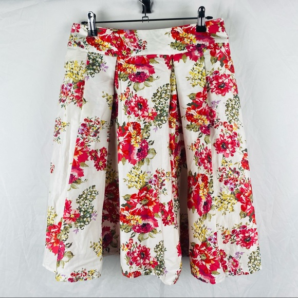 Laura Ashley Multicolored Floral Skirt Size 10
